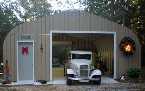 Barn with loft living quarters joy studio design gallery for Prefab garages with living quarters