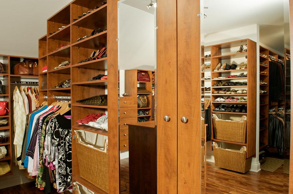 rangement pour la garde robe rangement sur mesure pour les flickr. Black Bedroom Furniture Sets. Home Design Ideas