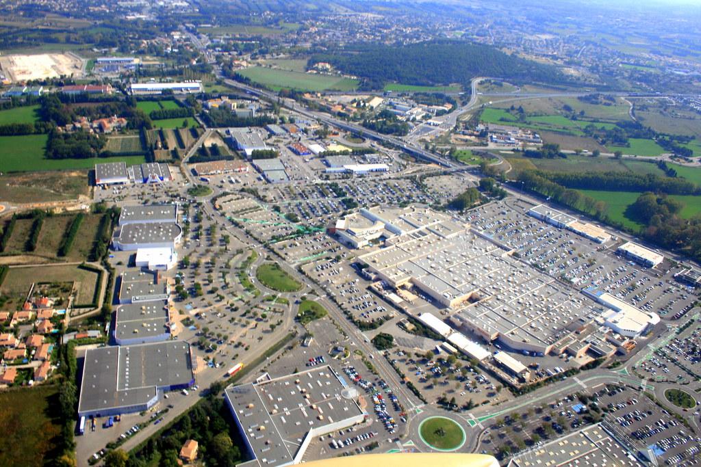 vue a 233 rienne zone commerciale auchan le pontet fr84 flickr