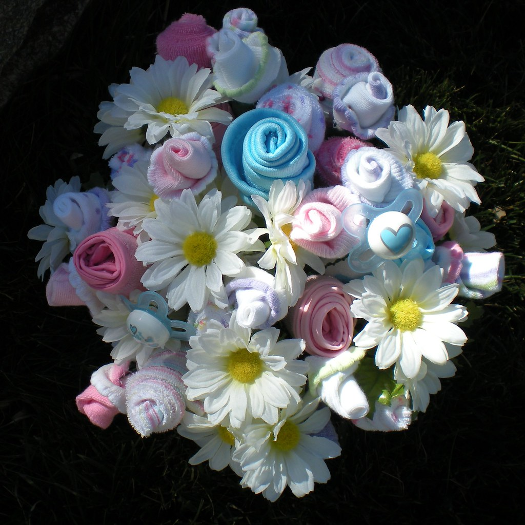 Baby Shower Bouquet Roses Made With Socks Bibs And Washc Flickr
