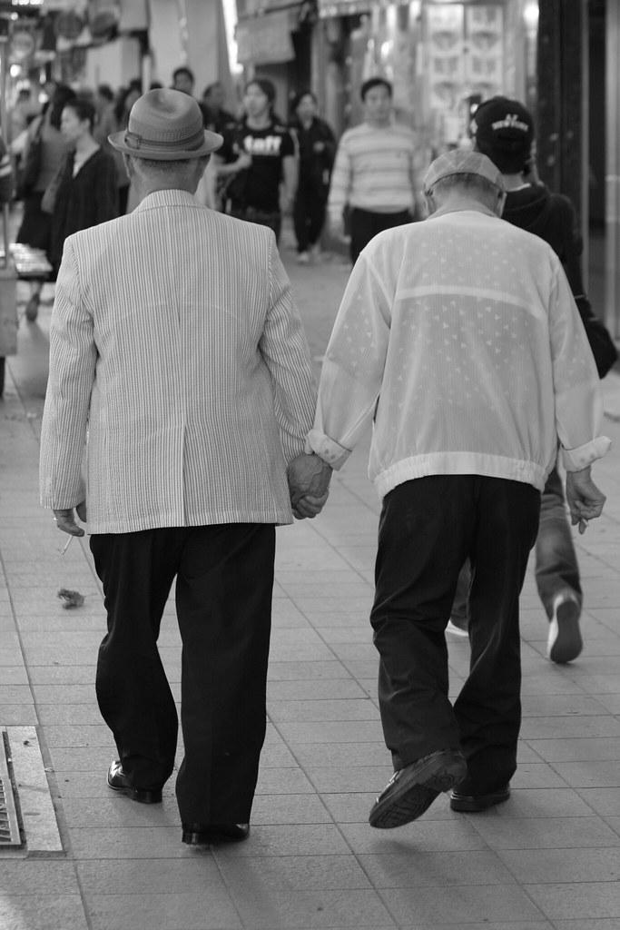 Old Men Holding Hands  Cute  Letsbook  Flickr-7203