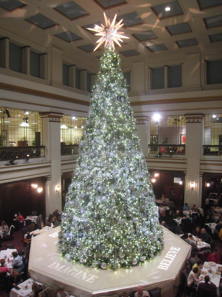 Marshall Field S Macy S Christmas Tree 2009 Ok Now