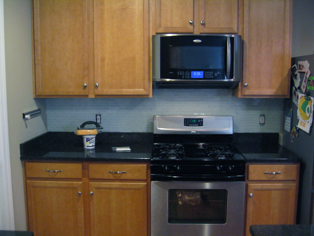 White Backsplash Kitchen Tile