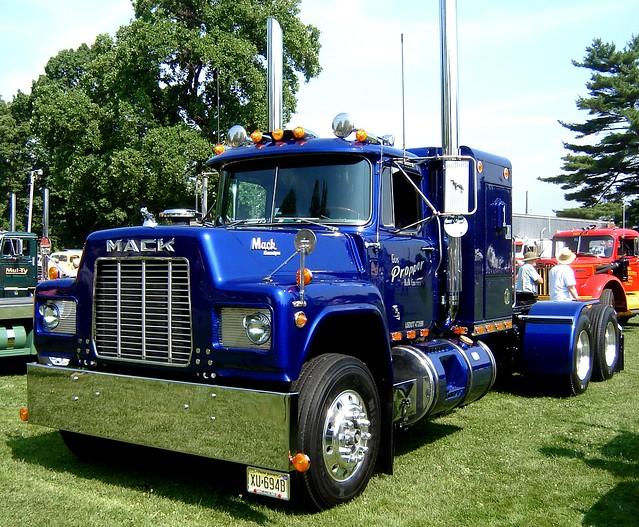1985 Mack Truck : Mack r flickr photo sharing