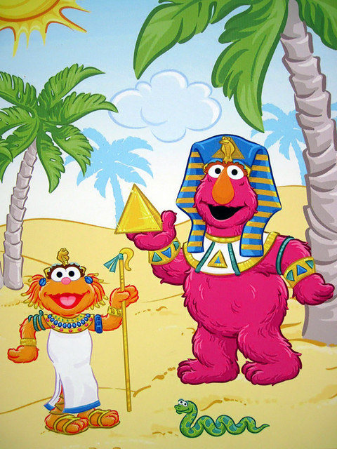 Zoe and Telly Monster Construction Wall | Sesame Street Safa… | Flickr