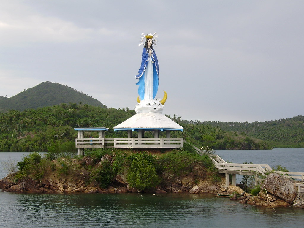 Giant Statue Of The Virgin Of Boac Balanacan Port Mogpog Flickr