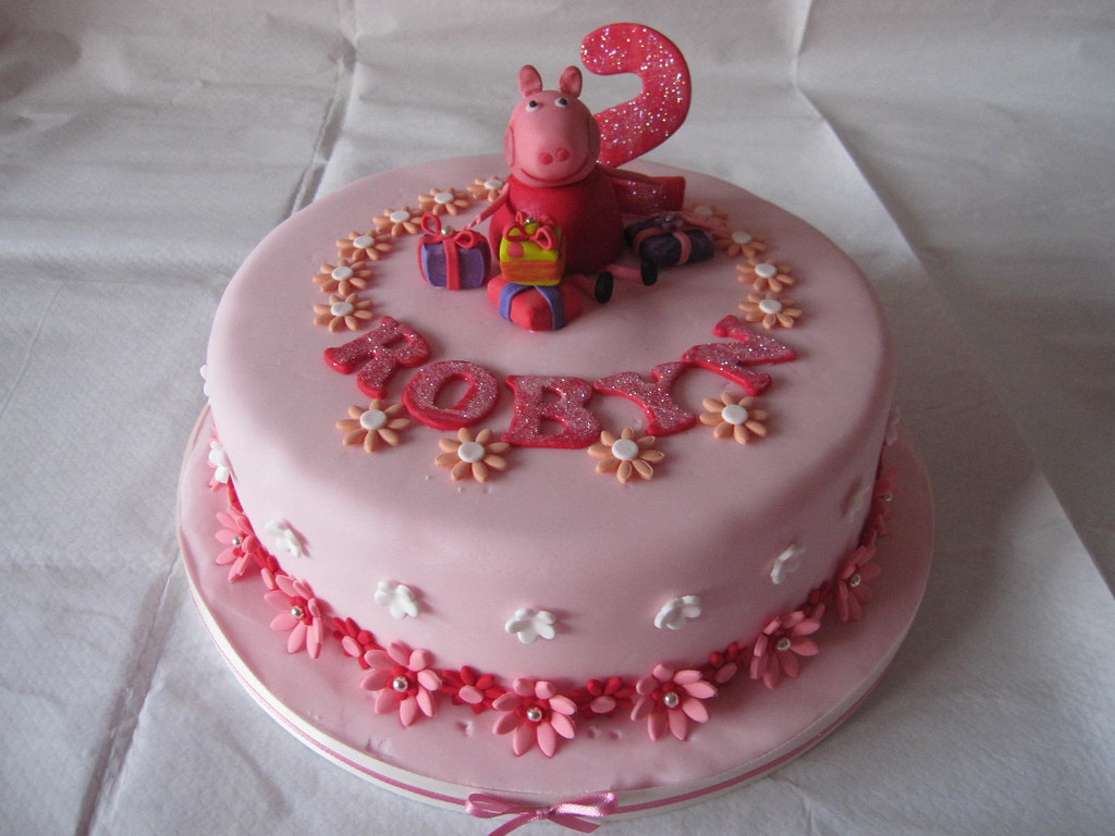 Peppa Pig Birthday cake 3 weeks ago Id never even heard o Flickr