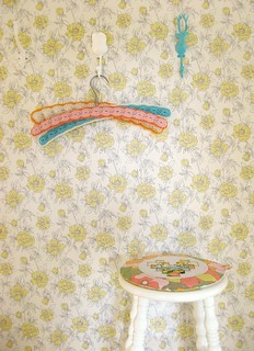 a 'happy hanger' how-to... | by dottie angel