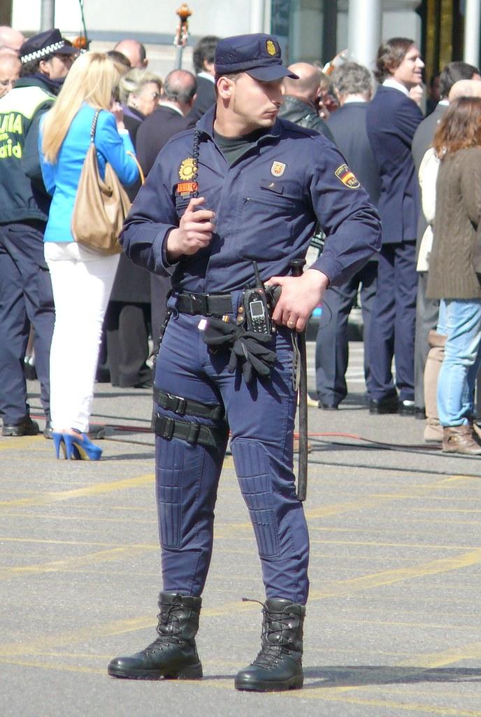 Police Spain - Agente Unidad De Intervencin De La Polica -2108