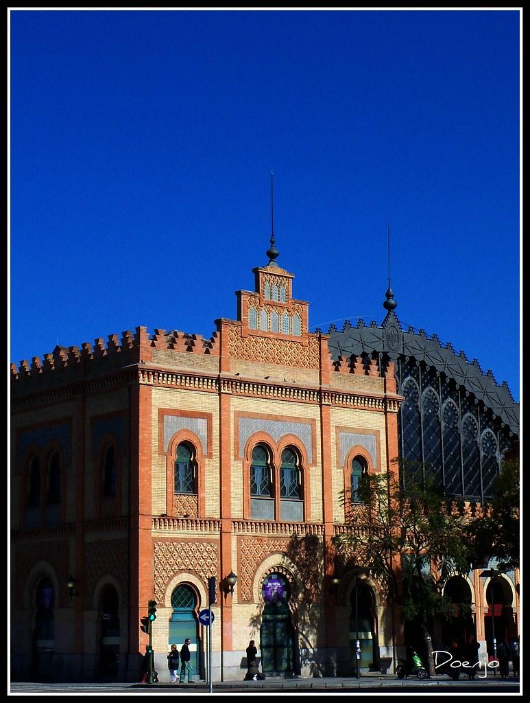 Antigua estaci n de trenes de sevilla este edificio de est flickr - Apartahoteles sevilla este ...