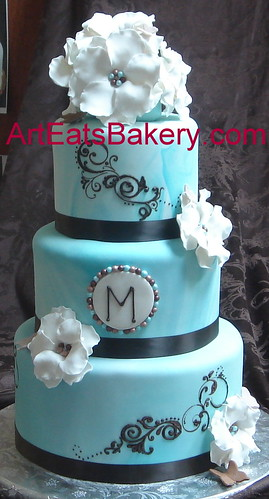 Cake Designs Jackie Brown Croydon : Blue marbled fondant wedding cake with sugar flowers and p ...