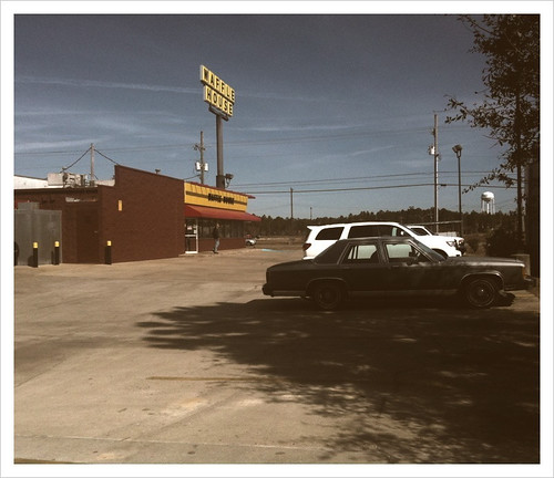 Waffle House, Gautier, MS | by karl.bedingfield
