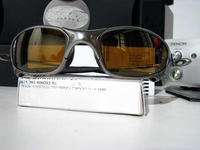 titanium oakley juliet