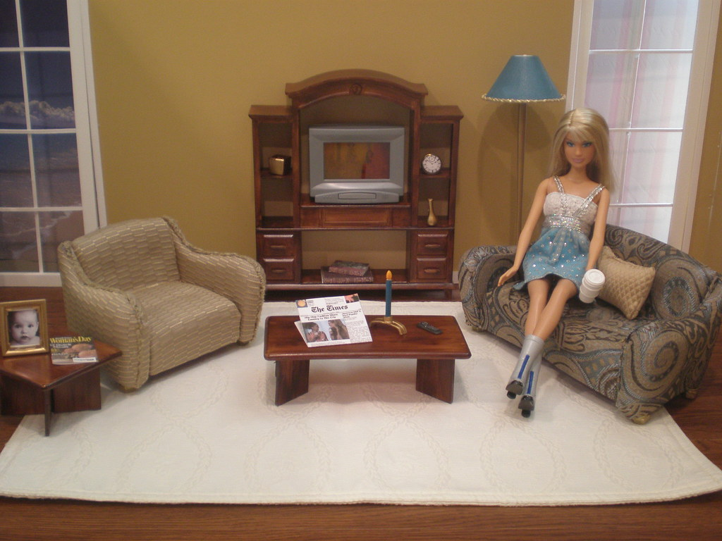 Barbie Living Room | By Missypants Barbie Living Room | By Missypants