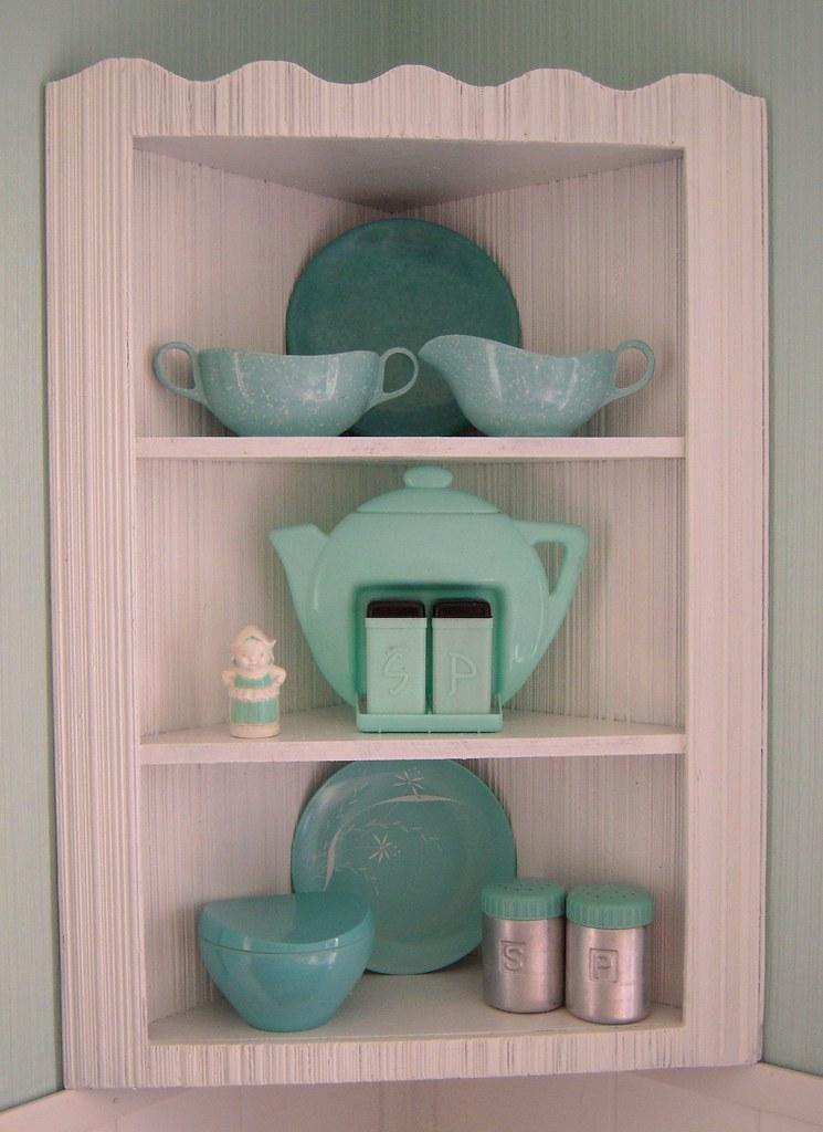 My New Vintage Corner Shelf I Ve Been Looking For Cute Co Flickr
