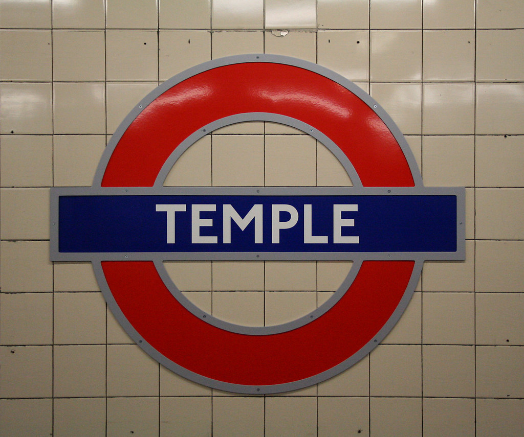 Temple Underground Station New Silhouette Roundel Fitted Flickr