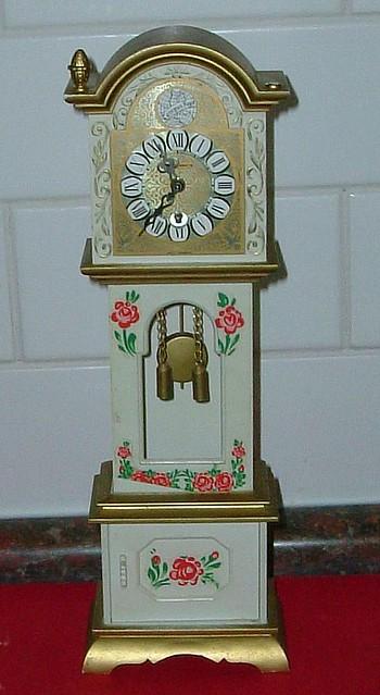 70 S Mini Grandfather Clock A Kmart Delight 70 S