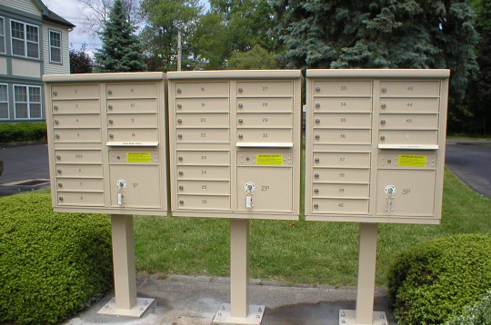 Auth Florence 12 Door Cbu Mailboxes The Auth Florence