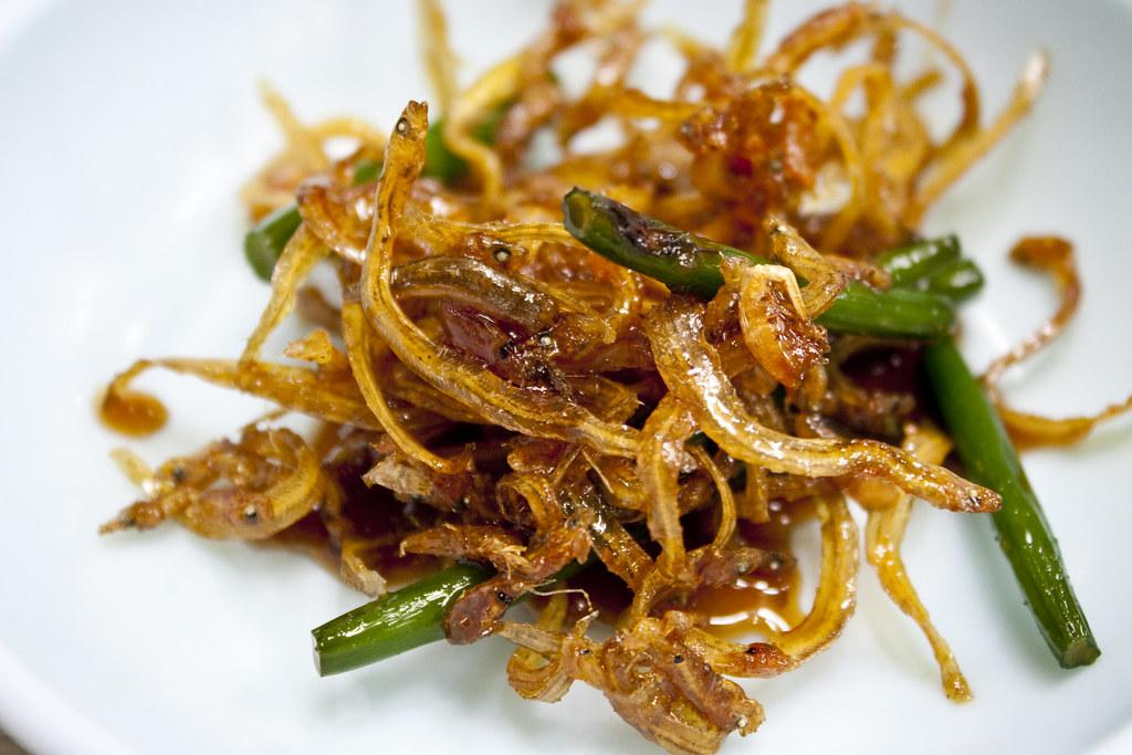 Tiny fried fish kimchi side tiny fried fish kimchi side for Sides for fried fish