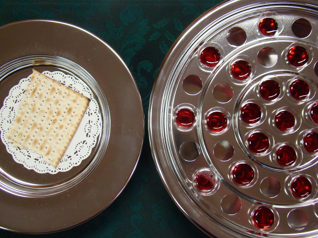 Communion Bread and Cup 1 | Communion, Bread, Cup | Flickr