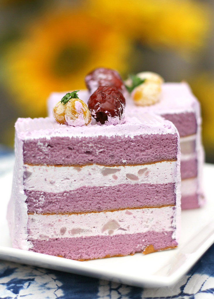 10 Fascinating Chiffon Cakes In Singapore Rainbow Or Durian For You