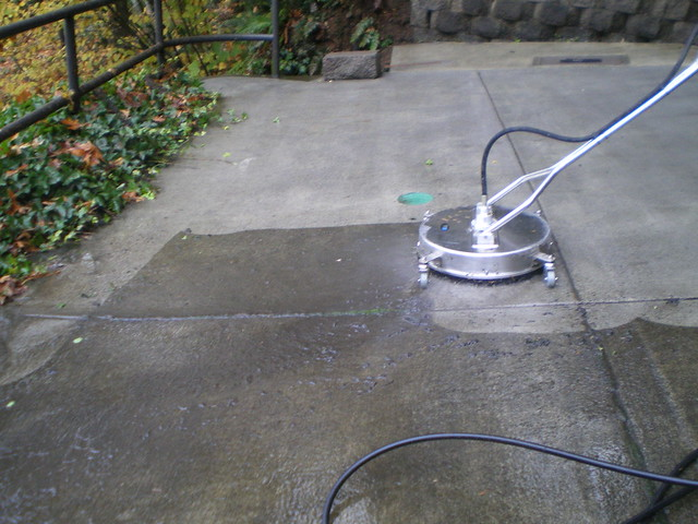Hillsboro driveway pressure washing flickr photo sharing for Driveway pressure washer