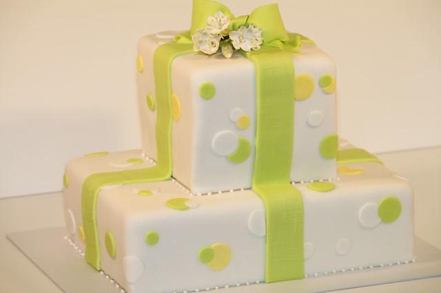 Geburtstagstorte Fruhling Mit Marzenbecher Www Suess Und S Flickr