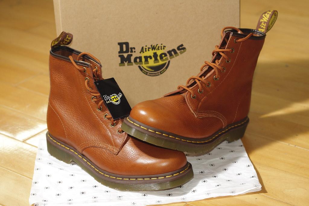 Dr Martens White Shoes