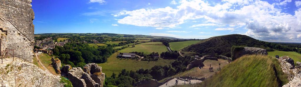 """Castillo de Corfe - La Bruja Novata - Inglaterra castillo de corfe - 32711611622 155e5c1c64 b - Escenarios de """"La Bruja Novata"""" – Castillo de Corfe"""