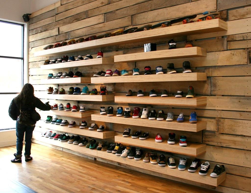 Rack Shoe Stores