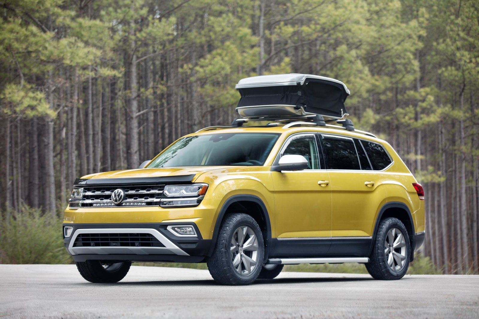 2018 Volkswagen Atlas Weekend Edition live photos: 2017 Chicago Auto Show