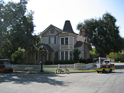 """House From The TV Show """"Growing Pains"""""""