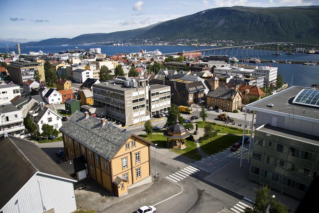 Terms Of Use >> Sentrum - Downtown Tromsø | Bildet kan fritt lastes ned ...