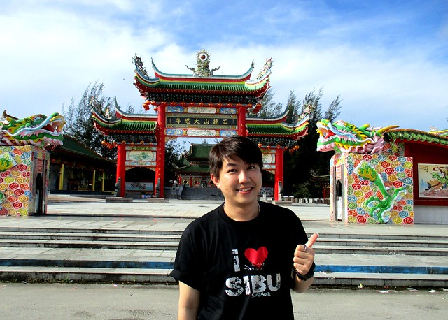 Nick at the temple complex, Sibu