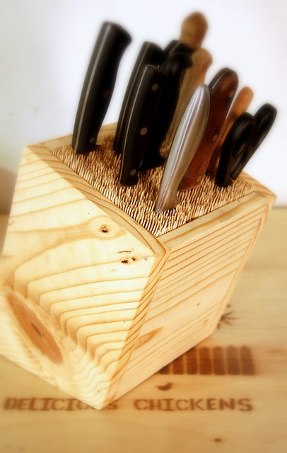 how to build a knife block