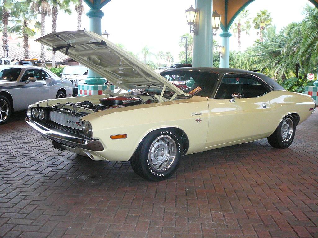 a Challenger 1 | Vintage (67/68?) Dodge Challenger Well it ...
