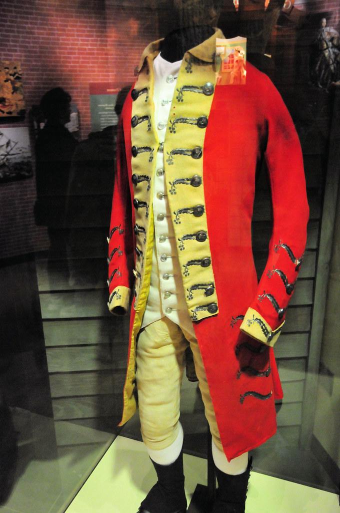 British Red Coats uniform at Smithsonian American History …   Flickr
