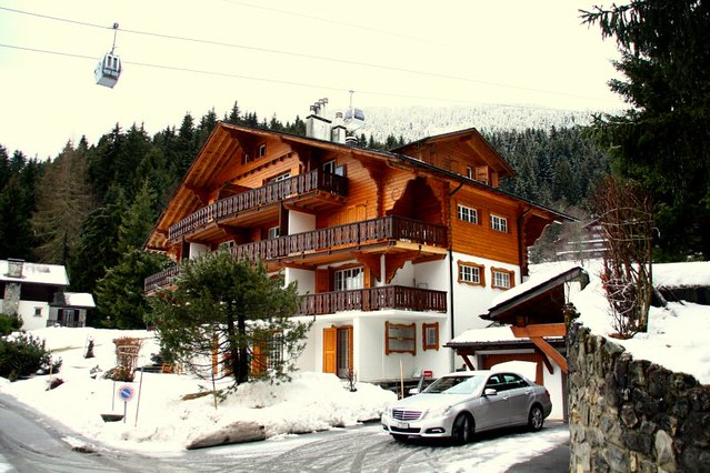 Swiss chalet architecture where we stayed chris cohen flickr - Chalet architectuur ...