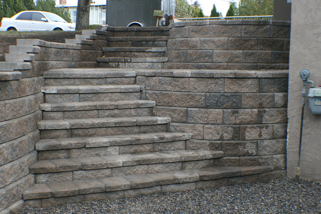 Landscaping Allan Block Stairs Westbank Bc Www
