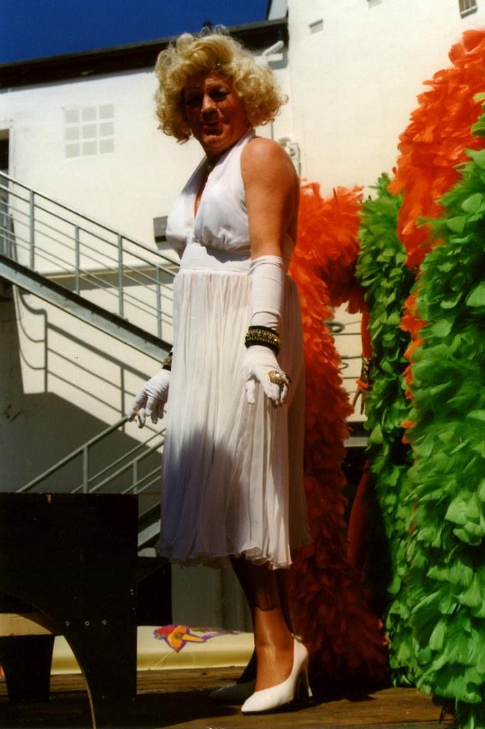 Bill Kershaw Landlady At The Time Of The Old Flying Handb Flickr