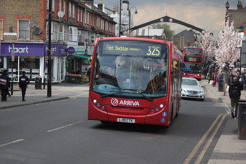 Arriva London North ENL61 LJ10CTK