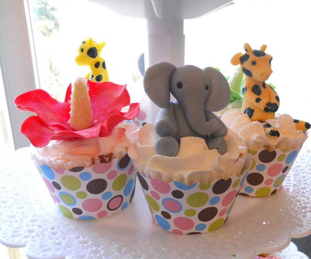 Cake Ideas With Elephant And Giraffe