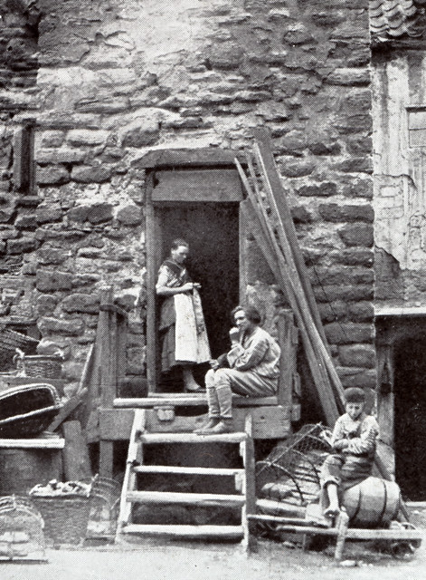000740 Fisher Folk Cullercoats Late 19th Century