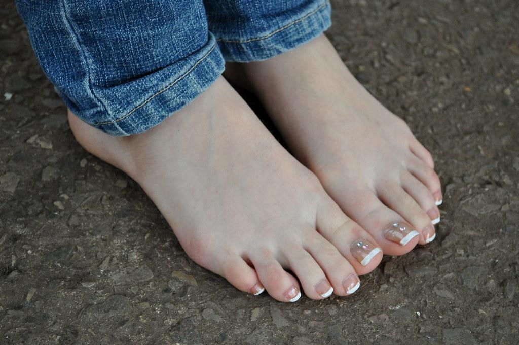 Liana Liberato Feet
