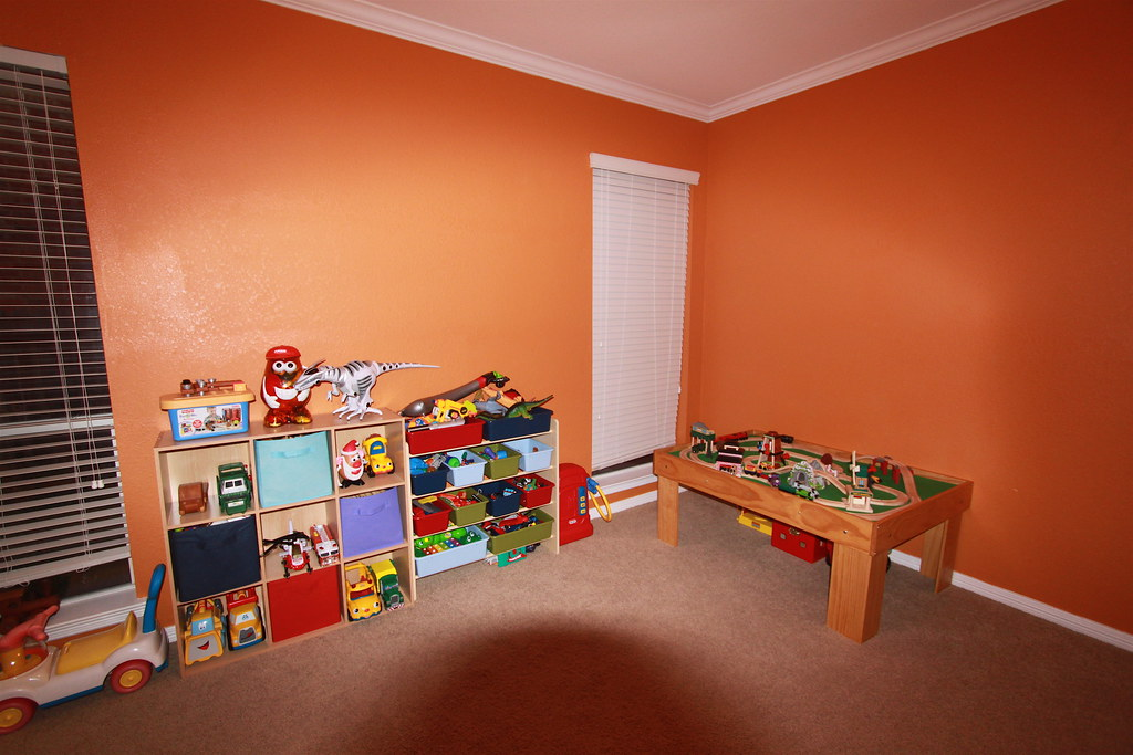 Kids Playroom Mommy Painted The Walls Orange Roy Luck