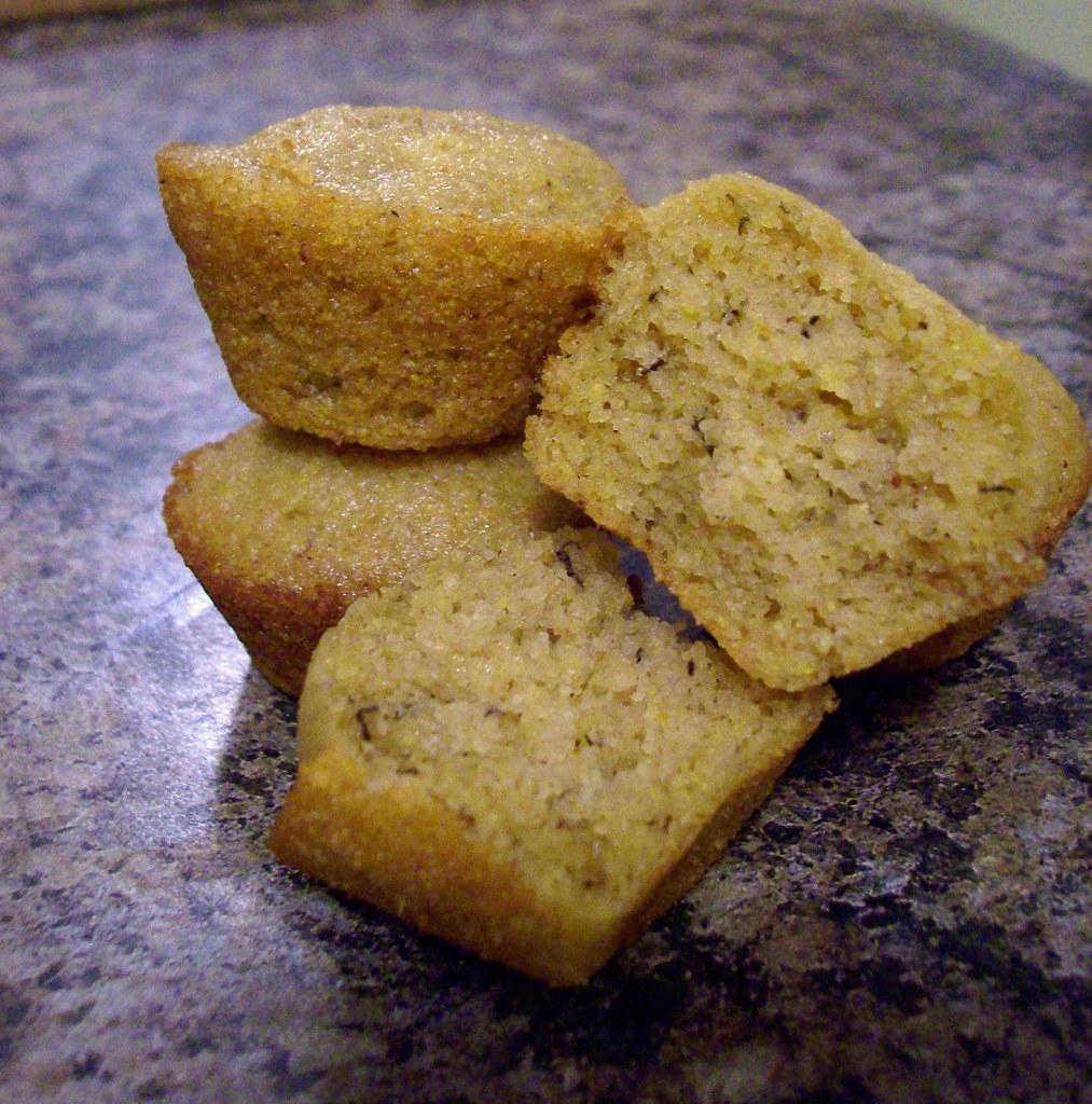 Vanilla Buttermilk Loaf Cake