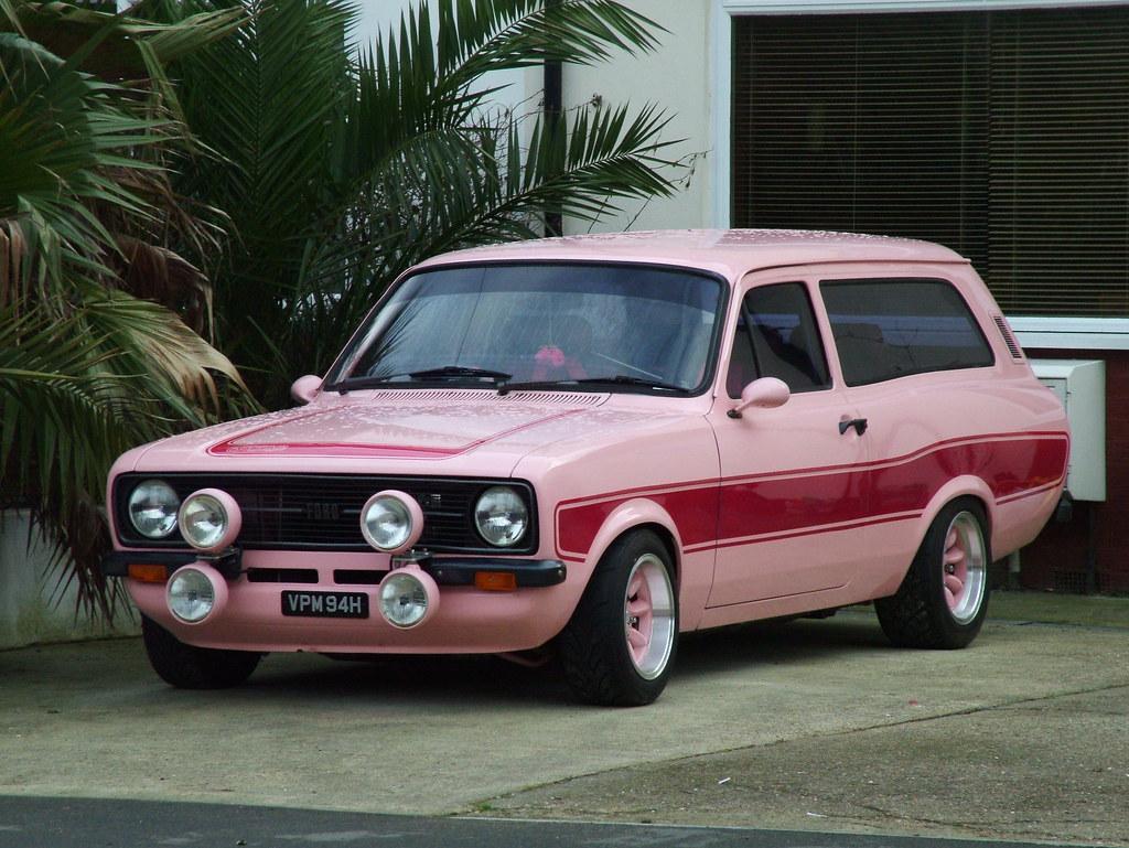 Pink Escort Estate 1970 Ford Escort Mk1 Estate With A