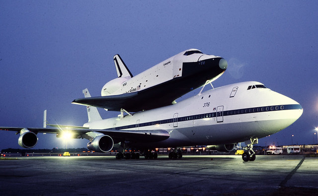 space shuttle landing at stansted - photo #17