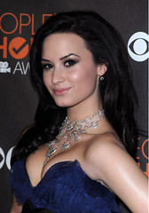 demi-lovato-peoples-choice-awards