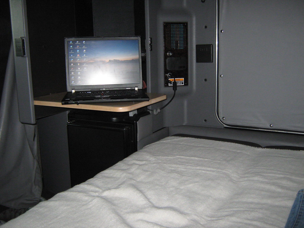 Inside the truck kenworth t660 studio sleeper benedikt777 flickr for Kenworth t660 studio sleeper interior